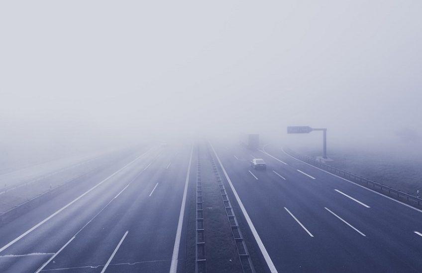 Sistemas antiniebla en carreteras